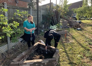 Orchard Leaders - Brick Planters